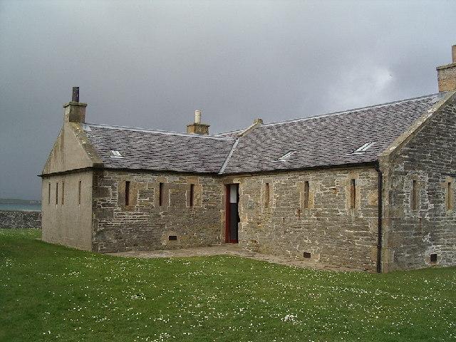 The Barracks at Hackness Gun Battery (geograph.org.uk)