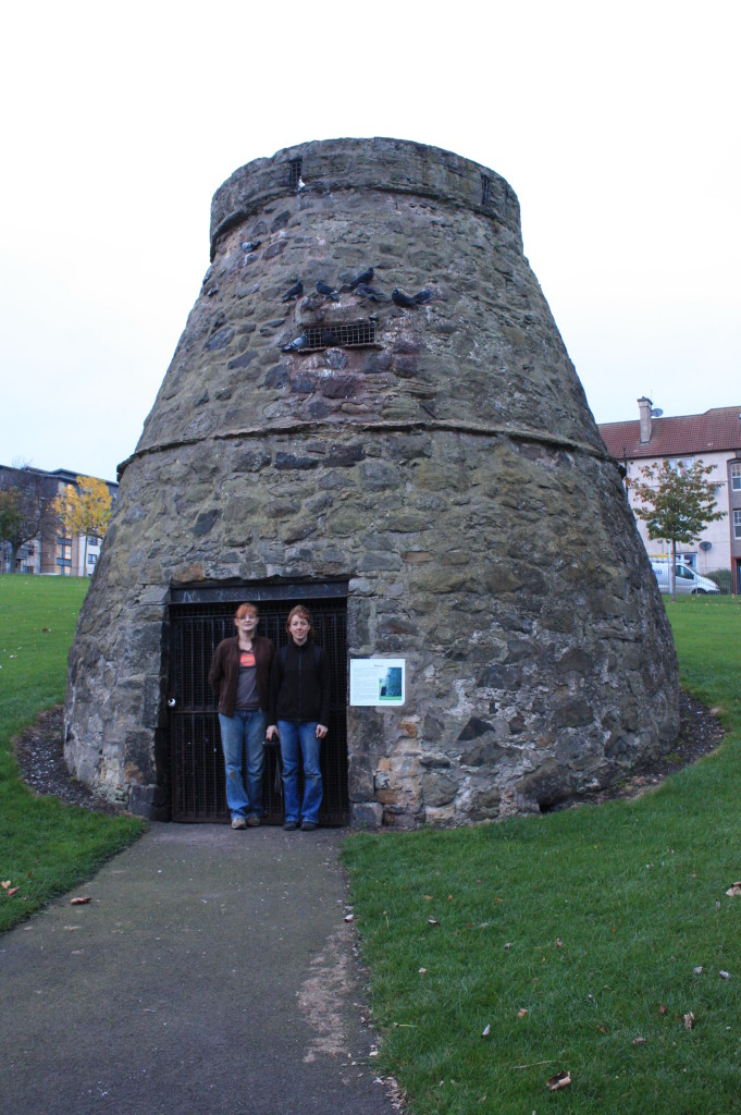Two members of the Friends of Lochend Park outside the Doocot (Rubicon Heritage)